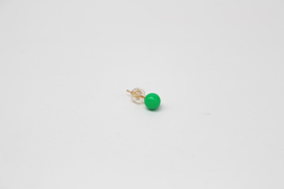 deneb_ball_bullet_pierced_earring_green_2