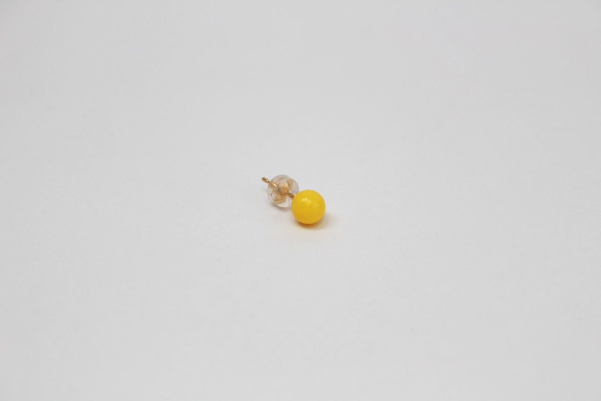 deneb_ball_bullet_pierced_earring_yellow_2