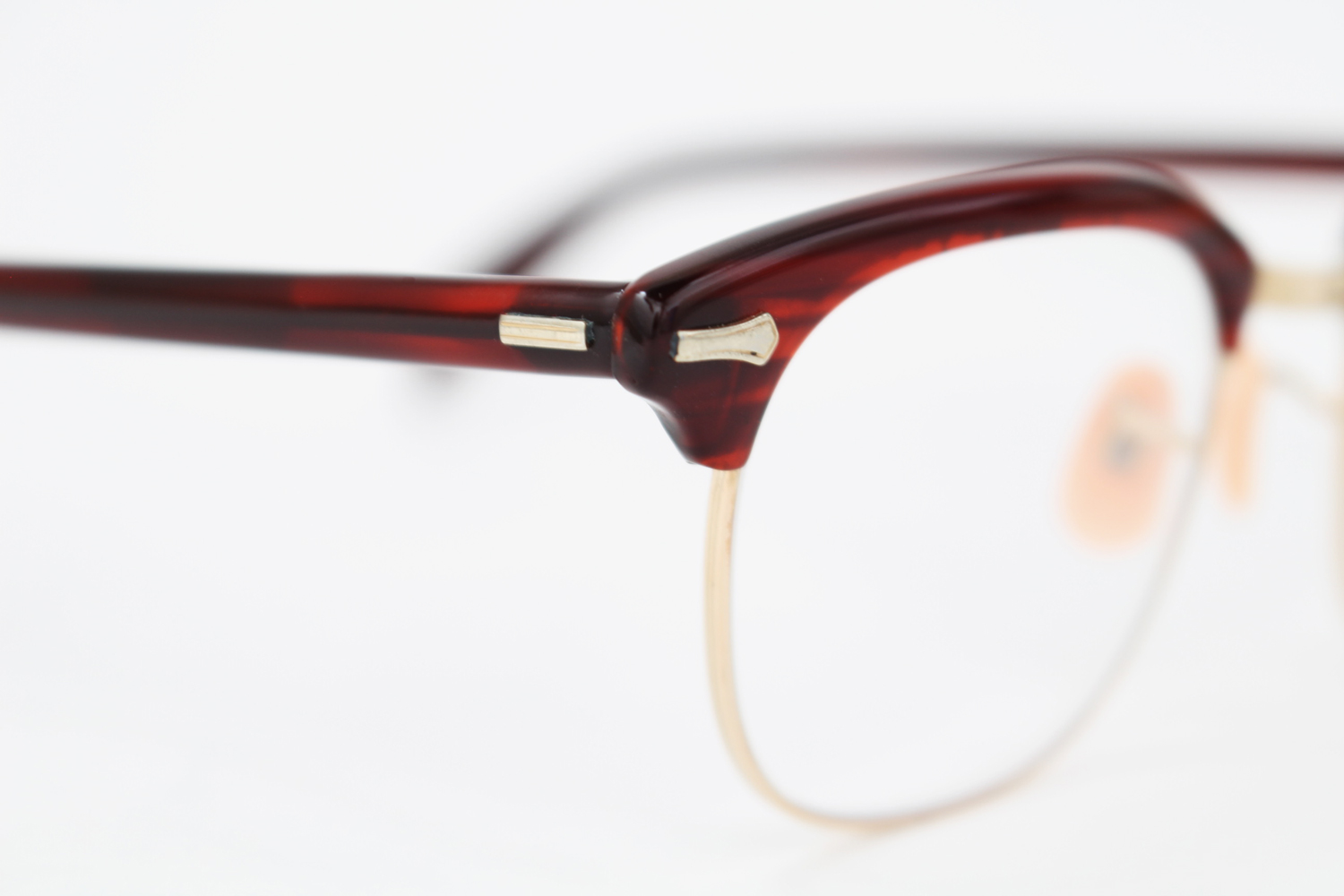 TS_Shuron_Optical_Company_Combination_1_10-12K_Gold_Filled_with_Cellulose_Acetate_red_3